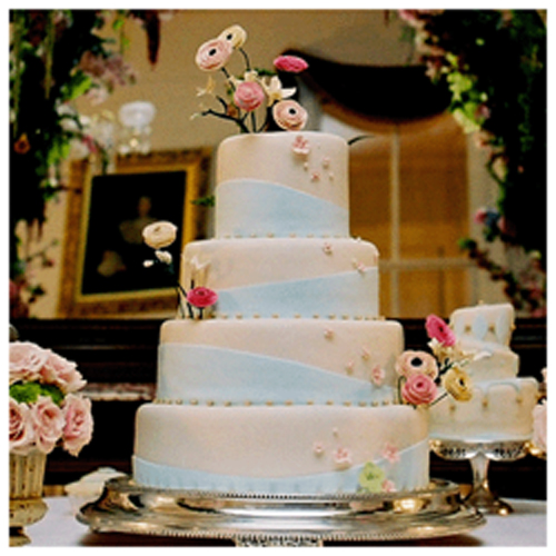 Wedding Cake Flowers And Clover