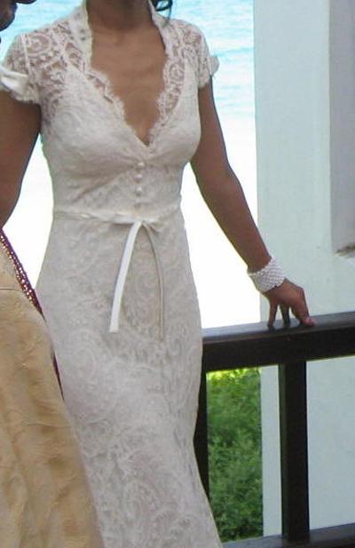 Monique Lhuillier Natural Waist Wedding Dress