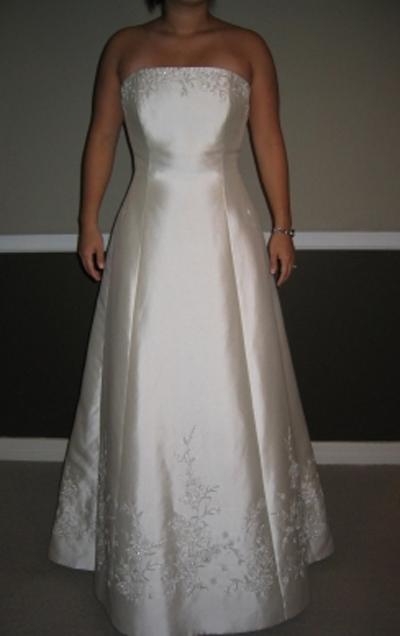 Anne Barge Princess Waist Wedding Dress