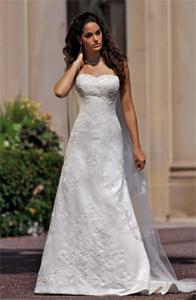 Essense of Australia Wedding Dress | PreOwnedWeddingDresses.com