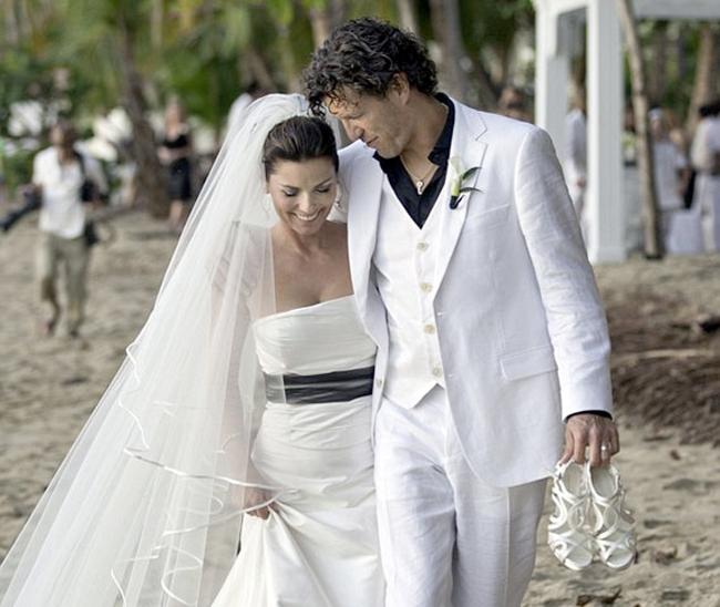 Celebrity Wedding Login: Shania Twain Wedding Dress