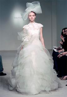 0786b93f11b25 Vera Wang | Spring 2012 Bridal | PreOwned Wedding Dresses