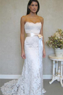 Lovely Lace | Wedding Dress Trends | PreOwned Wedding Dresses