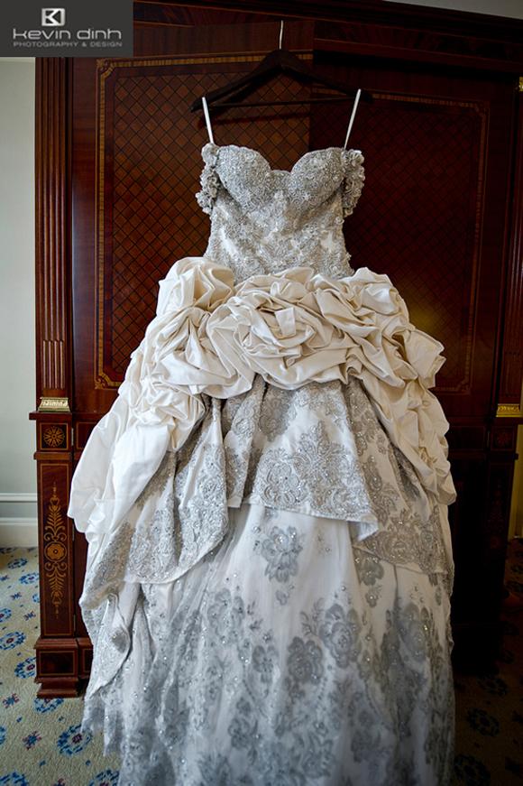 Kim Zolciak\'s Wedding Dress! | PreOwned Wedding Dresses