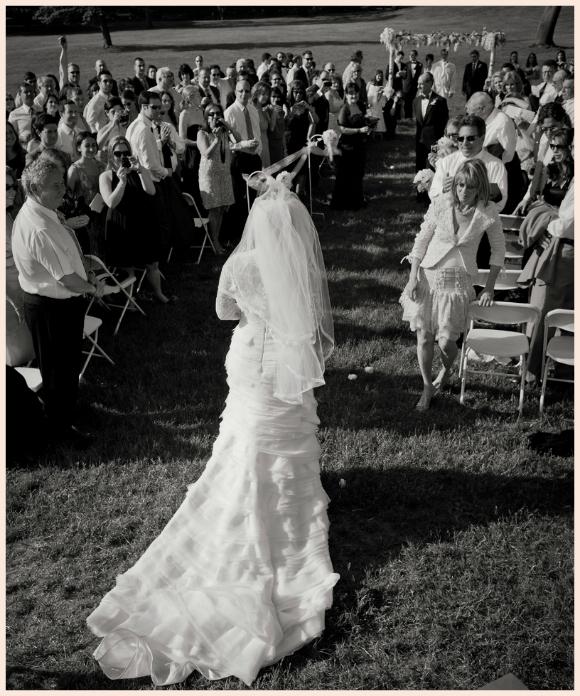 Sunshine Cruz Wedding Gown: PreOwned Wedding Dresses