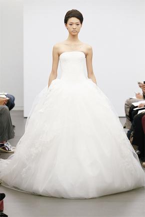 Vera Wang Fall 2013 Bridal Collection | PreOwned Wedding Dresses