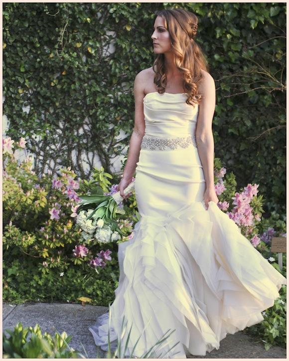 Preowned Wedding Gown: Vera Wang Wedding From Nato Tuke