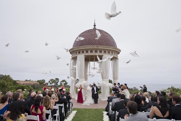 Real-Weddings,-PreOwnedWeddingDresses.com_10