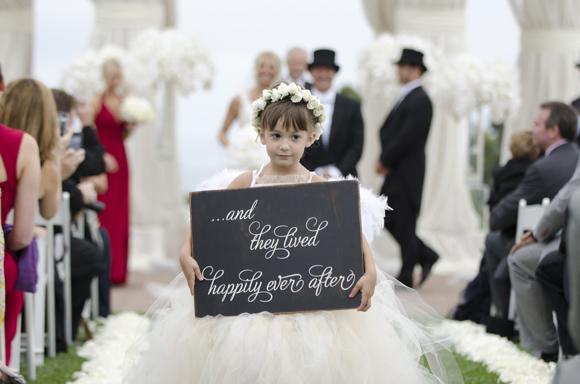 Real-Weddings,-PreOwnedWeddingDresses.com_11
