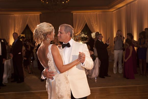 Real-Weddings,-PreOwnedWeddingDresses.com_22