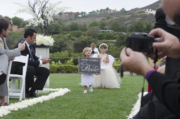 Real-Weddings,-PreOwnedWeddingDresses.com_5