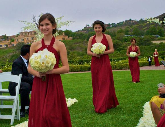 Real-Weddings,-PreOwnedWeddingDresses.com_6