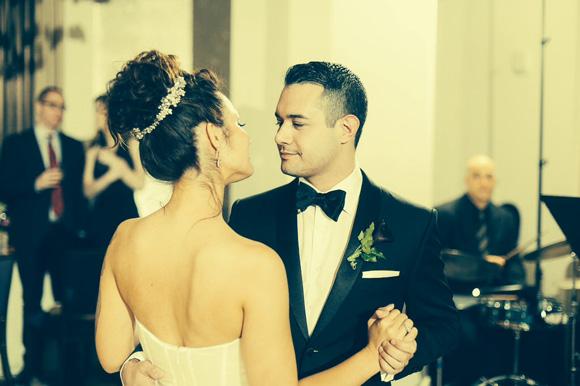 Arianna + Alexey | Reem Acra Wedding by Nik Morina Photography on PreOwnedWeddingDresses.com