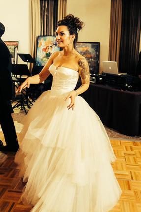 Reem Acra Magnolia | PreOwnedWeddingDresses.com