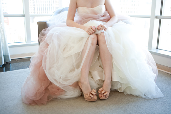 Vera Wang White VW351157 | PreOwnedWeddingDresses.com