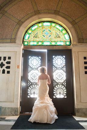 Used Wedding Dresses | PreOwnedWeddingDresses.com