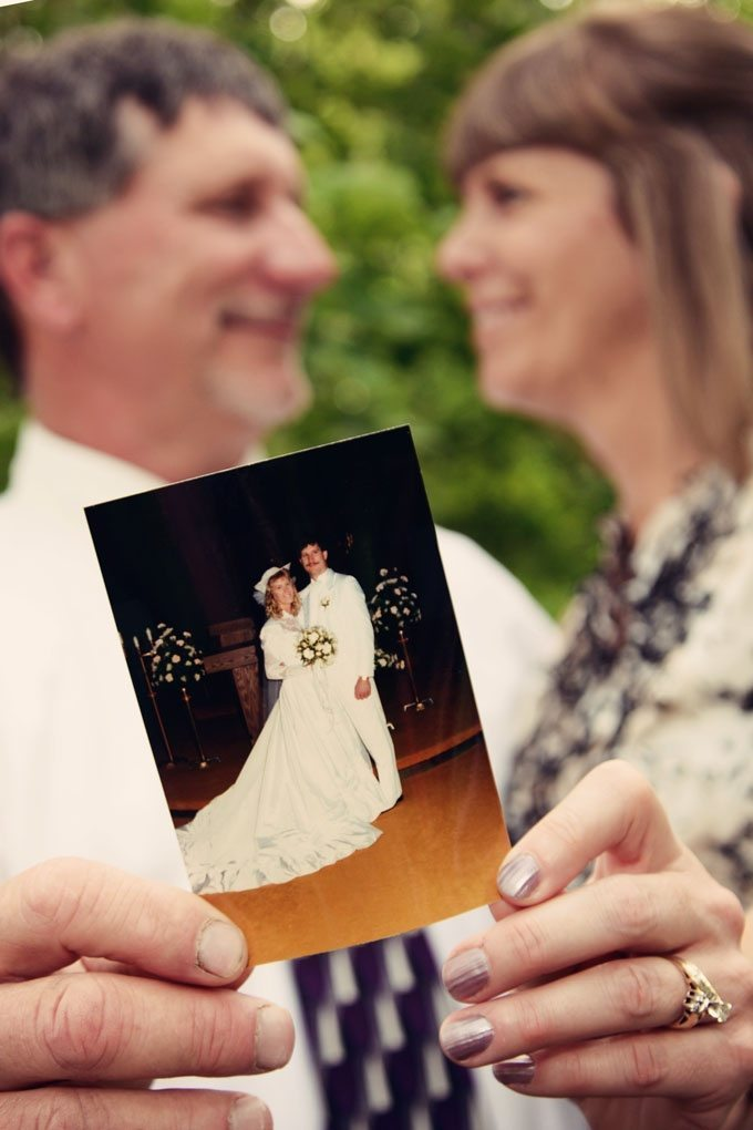 ... 25th Wedding Anniversary? Here Are Some Tips for Renewing Your Vows