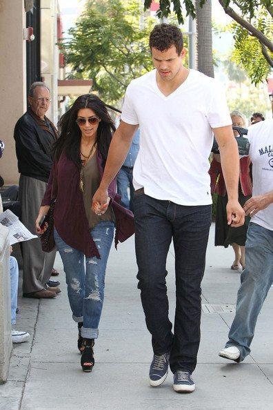 Kim+Kardashian+Kris+Humphries+Kim+Kardashian+r4VAZ7ae-LVl