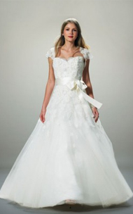 Lian Carlo wedding dress for sale on PreOwnedWeddingDresses.com