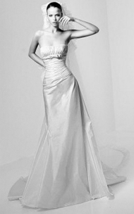 Manuel Mota Cordoba | for sale on PreOwnedWeddingDresses.com