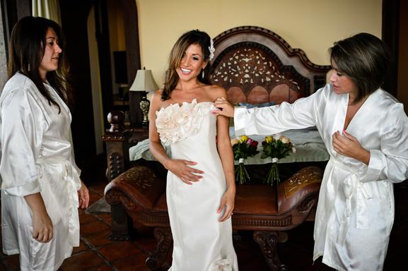 Romona Keveza RK2010130 | PreOwnedWeddingDresses.com