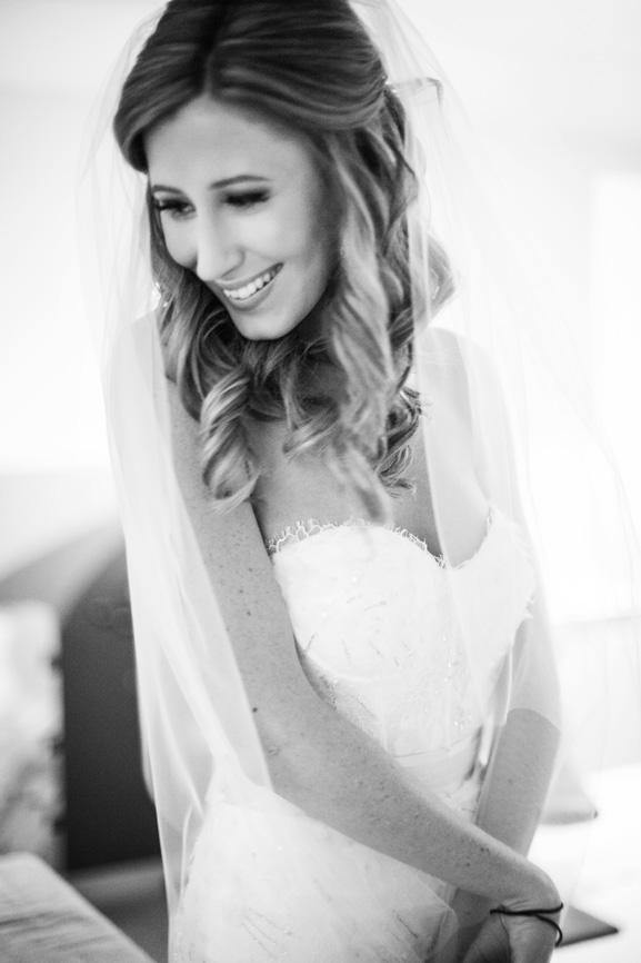 Monique Lhuillier Aspen | PreOwnedWeddingDresses.com