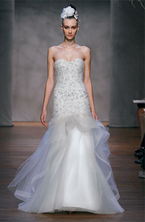 Monique Lhuillier Lumiere for sale on PreOwnedWeddingDresses.com