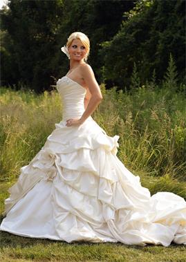 Pnina Tornai for sale on PreOwnedWeddingDresses.com