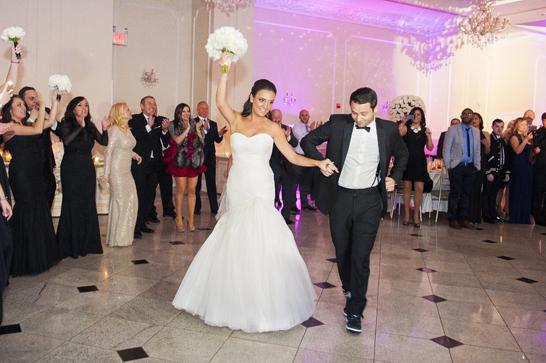 15-PreOwnedWeddingDresses.com-Real-Weddings