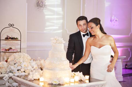 17a-PreOwnedWeddingDresses.com-Real-Weddings