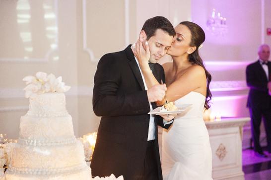 17b-PreOwnedWeddingDresses.com-Real-Weddings