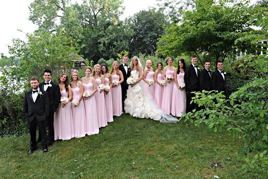 19-PreOwnedWeddingDresses.com-Real-Weddings
