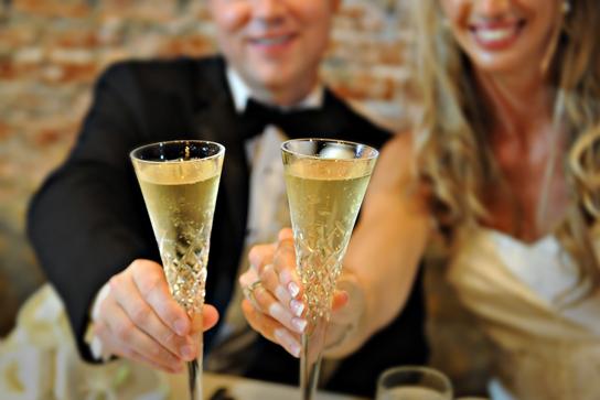 28-PreOwnedWeddingDresses.com-Real-Weddings
