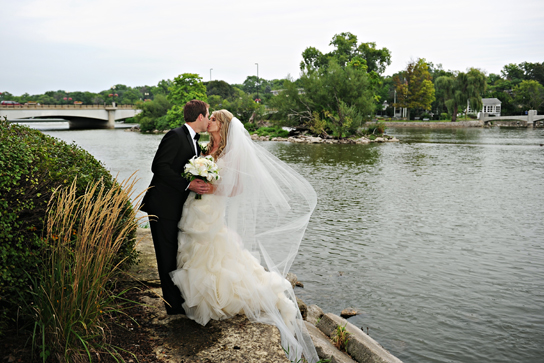 Vera Wang Ghillian For Sale On PreOwnedWeddingDresses.com