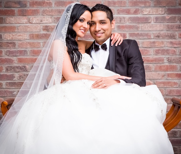 Ysa makino real weddings preowned wedding dresses for Want to sell my wedding dress
