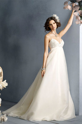 Jim Hjelm 8900 for sale on PreOwnedWeddingDresses.com