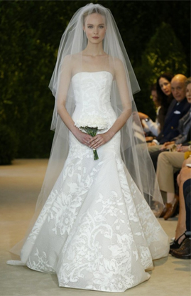 Carolina Herrera Astrid for sale on PreOwnedWeddingDresses.com