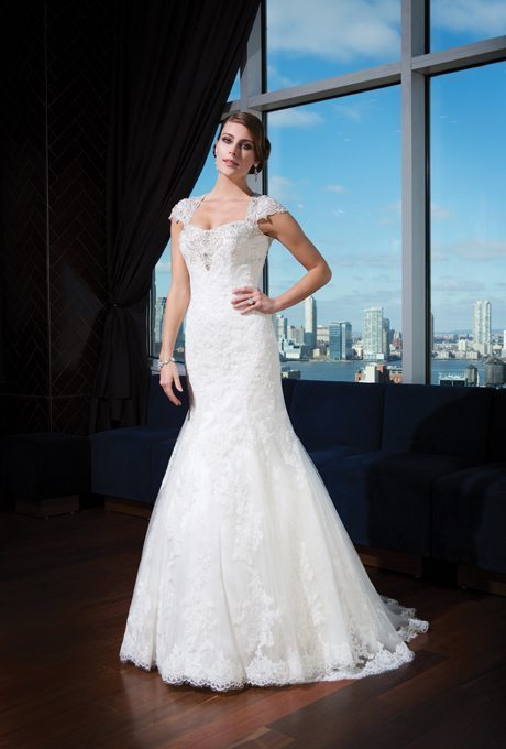 Traditional Trumpet Wedding Gowns