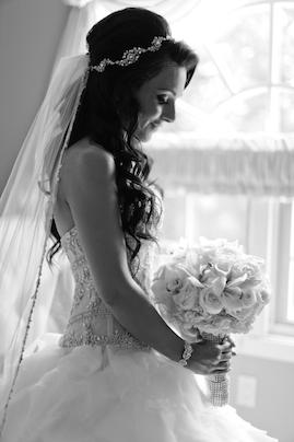 Ines Di Santo | PreOwnedWeddingDresses.com