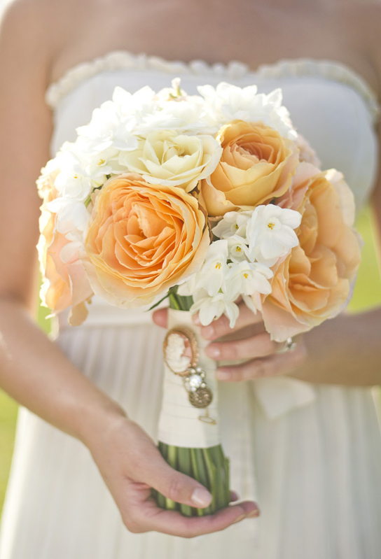 15 Beautiful Wedding Bouquets | PreOwnedWeddingDresses.com