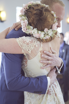 PreOwnedWeddingDresses.com Real Weddings | Natalie J Weddings Photograph
