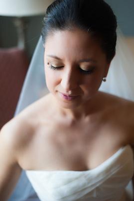 Vera Wang | PreOwnedWeddingDresses.com