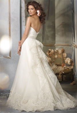 Jim Hjelm 8002 wedding dress