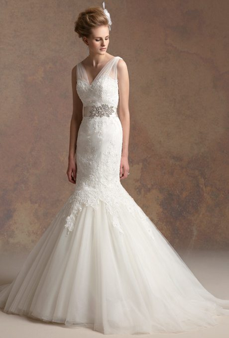Lacey mermaid wedding gowns for your second time around for Jasmine couture wedding dresses