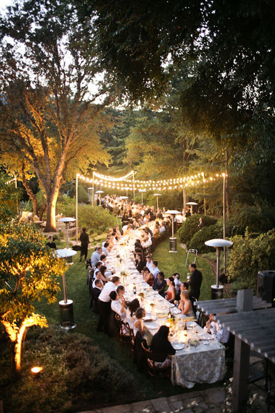 Long Tables at Weddings | PreOwnedWeddingDresses.com