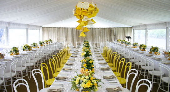 Long Tables at Weddings | PreOwnedWeddingDresses.com & 12 Incredible Long Tables at Weddings | PreOwned Wedding Dresses