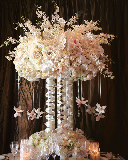 Tall and dramatic wedding centerpieces preowned