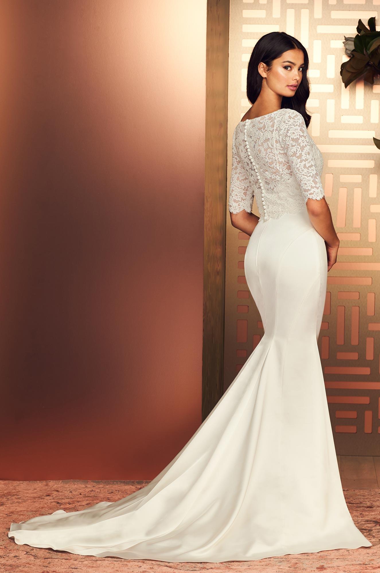 Style #4897 | Paloma Blanca