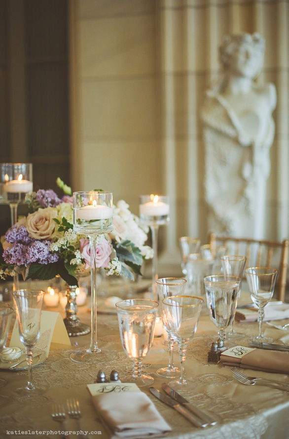 Vintage Glam Wedding Tablescapes | PreOwnedWeddingDresses.com