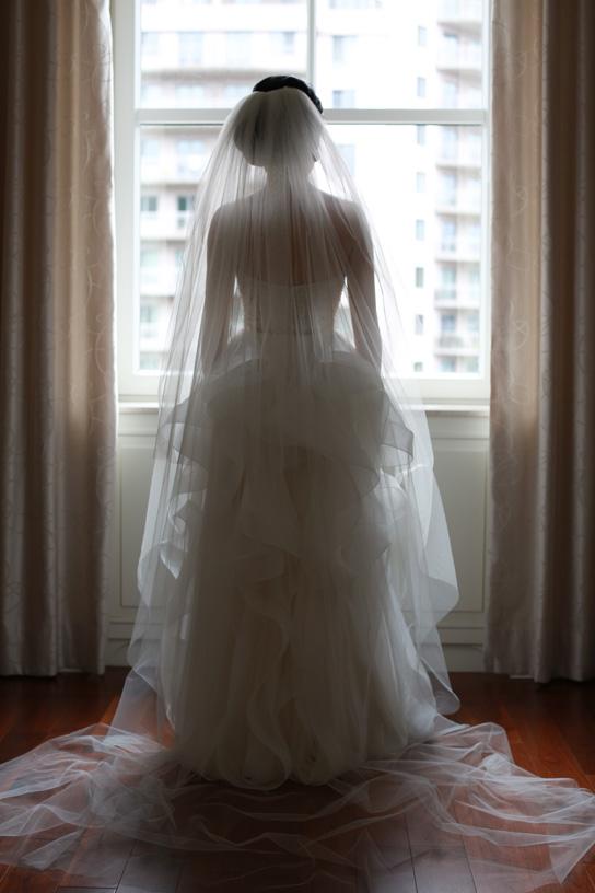 Reem Acra Tianna | PreOwnedWeddingDresses.com